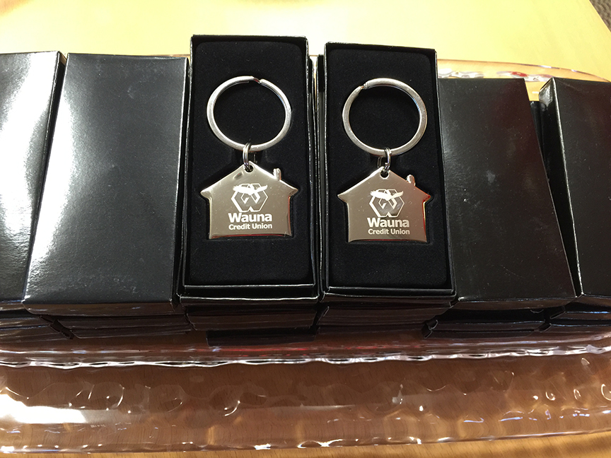 Attendees received Wauna Credit Union keychains as a thank you.